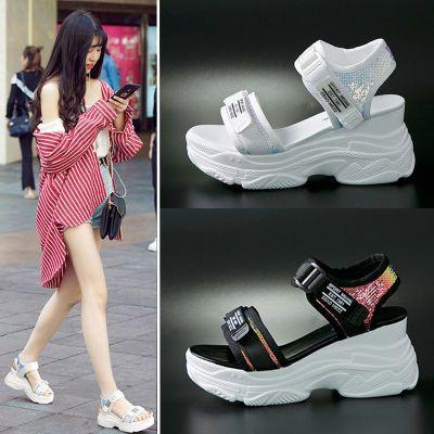 人字拖女学生韩版平底高跟鞋女水晶凉鞋拖鞋版圆头凉鞋女坡跟女鞋