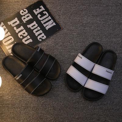 夏季新款男士拖鞋时尚外穿沙滩鞋潮流防滑舒适个性一字拖凉鞋黑白