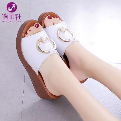 厚底拖鞋女夏外穿新款水钻小猪佩奇女鞋夏季凉鞋平底学生韩版女童