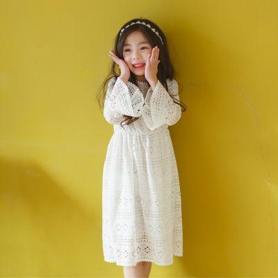 童裙秋韩版童裙白色蕾丝连衣裙春秋镂空长袖女中大童连衣裙亲子装