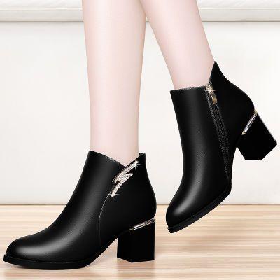 加绒短靴女冬2018秋冬新款粗跟高跟鞋圆头水钻优雅黑色单皮鞋中跟