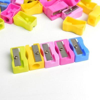 【10-100个装】迷你卡通造型卷笔刀儿童文具小朋友学生的小礼物