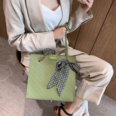 卓诗尼女包2020新款潮菱格链条包大容量手提包气质女神飘带单肩包
