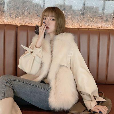 2020新款西装领仿狐狸毛皮草外套女冬拼接绵羊皮加棉时尚年轻短款