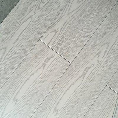 厂家直销特价清仓纯实木地板橡木整木不贴皮E0家用环保耐磨油漆面