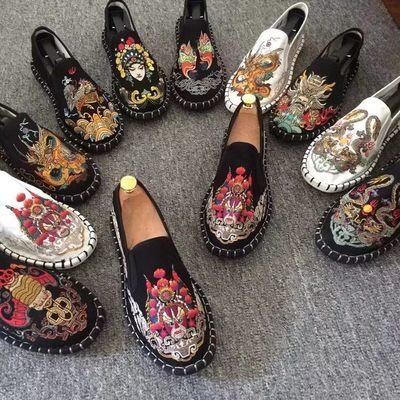 老北京布鞋男刺绣豆豆鞋精神小伙帆布鞋休闲情侣潮板鞋子男社会人