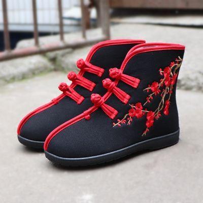 老北京布鞋绣花女短靴冬季保暖加绒软底民族扣带花朵拼色防滑舒适