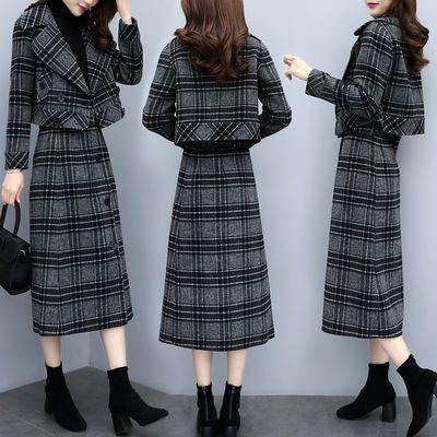 2019新款女装秋冬两件套裙格子加厚毛呢外套气质半身裙时尚套装女