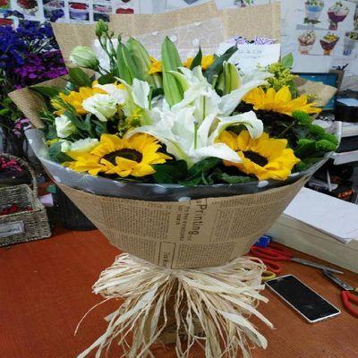 10朵向日葵花束百合花束花缘鲜花全国同城速递送山东浙江陕西