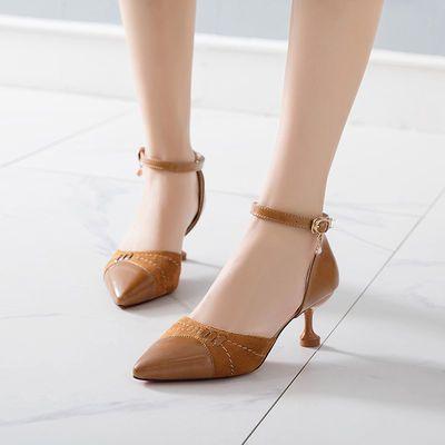中跟细跟高跟鞋女5cm尖头一字扣中空单鞋女新款性感网红春秋女鞋