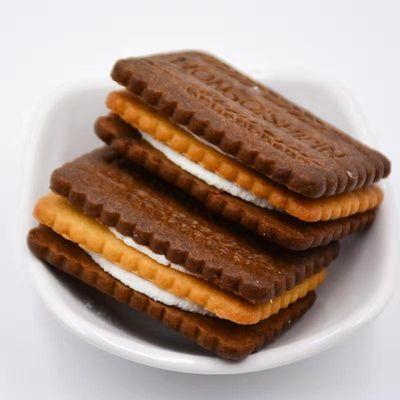 3+2巧克力夹心饼干黑白配休闲零食儿童早餐美食小吃饼干批发零售