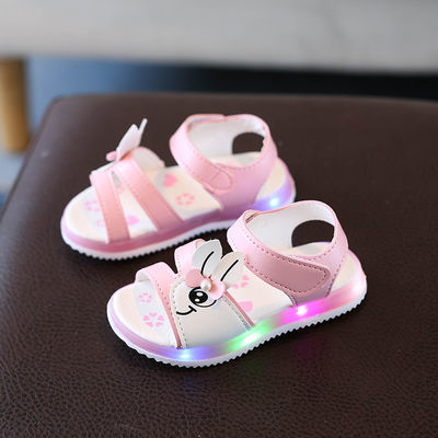 1-5岁夏季新款亮灯童鞋2女童闪灯凉鞋3女宝宝公主鞋4软底学步鞋潮