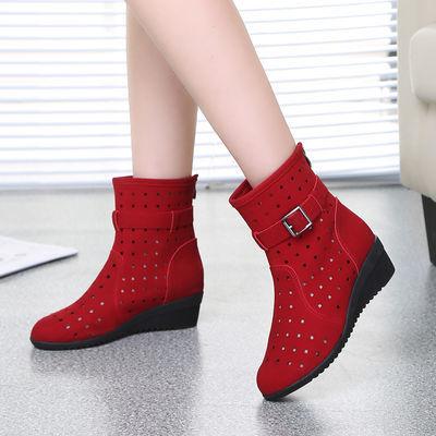 广场舞鞋子跳舞鞋女夏季镂空短靴舒适软底红色妈妈鞋透气舞蹈鞋潮