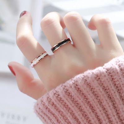 时尚网红玫瑰金黑白色陶瓷戒指男女情侣钛钢对戒食指尾戒单身百搭