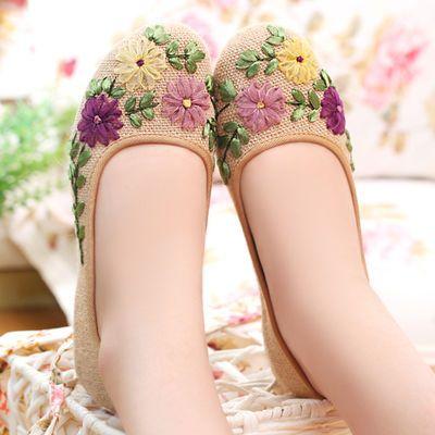 绣花鞋女花布鞋民族风女鞋平底单鞋子汉鞋复古装防滑老北京布鞋女
