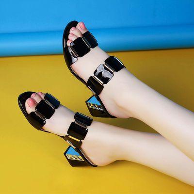 韩版外穿夏天漆皮凉鞋女中跟舒适女鞋粗跟大码女凉拖一字拖鞋女单