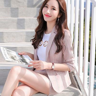 格子小西装2020春夏新款韩版一粒扣七分袖休闲短款修身西服外套女