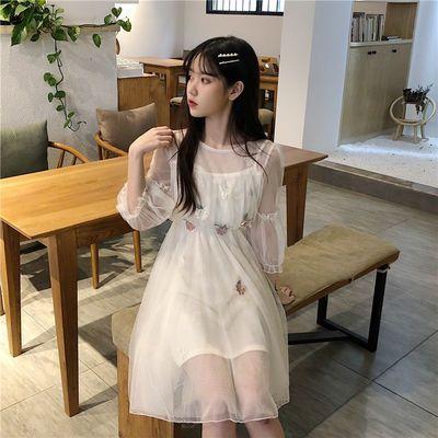 立体刺绣灯笼袖网纱仙女裙2020韩版新款圆领学生七分袖闺蜜连衣裙