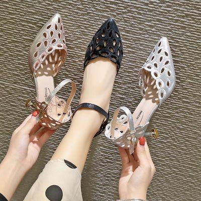 高跟凉鞋女尖头镂空猫跟一字扣带洞洞鞋新款百搭中空细跟时装凉鞋