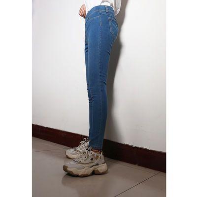 春季新款中腰弹力牛仔布百搭修身直筒裤透气显瘦松紧腰身牛仔裤女