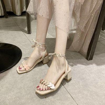 凉鞋女绑带粗跟2020夏新款方头高跟露趾爱心渐变仙女风搭裙子的鞋