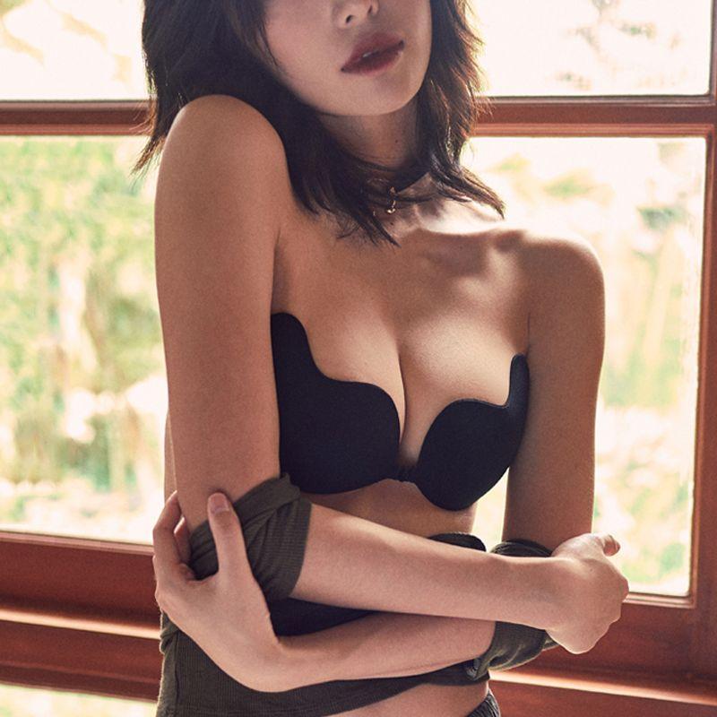 便宜的超薄硅胶隐形文胸贴女婚纱游泳用内衣胸垫小胸聚拢防滑乳贴女学生