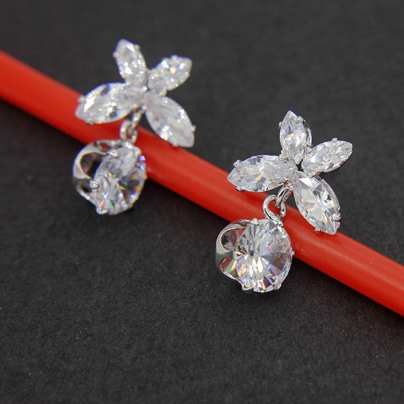 耳钉女S925纯银针耳坠气质韩国个性花朵锆石简约饰品百搭网红耳环