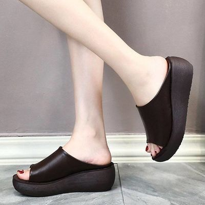 拖鞋女夏2020新款民族风外出穿坡跟鱼嘴一字拖松糕厚底复古凉拖鞋