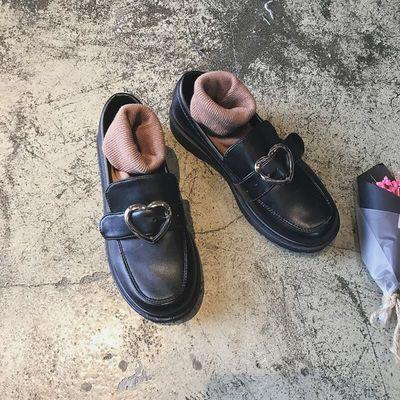 ins复古小皮鞋心形桃心可爱少女韩版女学生软妹圆头学院百搭单鞋