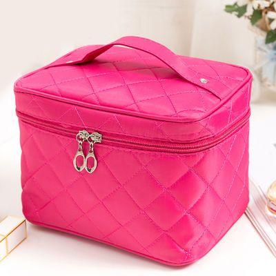 便携式手提化妆包手拿收纳袋少女心韩国简约小号防水包旅行洗漱袋