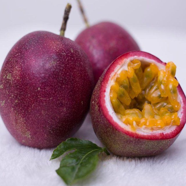 广西百香果5特级大果6斤新鲜白香果一级热带当季水果鸡蛋果10带箱_0