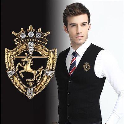 韩版复古高档胸针镶钻皇冠盾牌飞马西装衬托服饰搭配胸章胸花