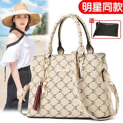 中年女士大包包妈妈包2020新款韩版百搭单肩斜挎包真皮质感手提包
