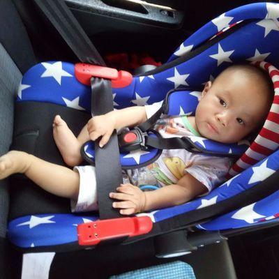 婴儿提篮式汽车儿童安全座椅 宝宝车载提篮 摇篮0-12个月