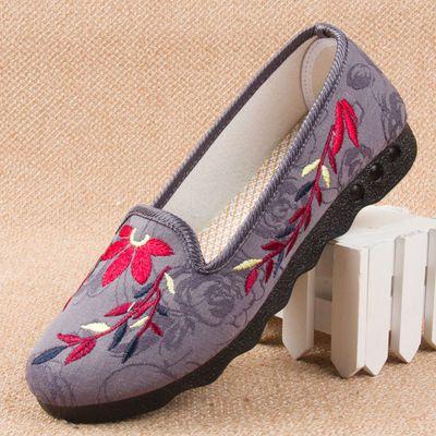 女士老北京布鞋女平底休闲鞋绣花鞋软底舒适布鞋中老年妈妈鞋奶奶