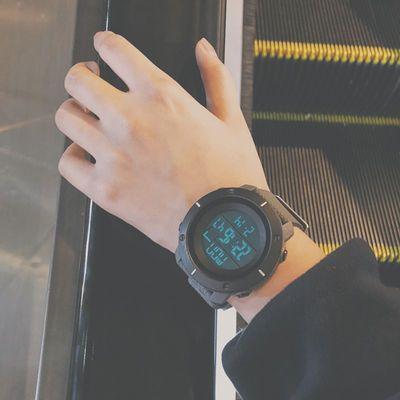 多动能户外运动手表潮男女中学生韩版简约夜光防水带闹钟电子军表