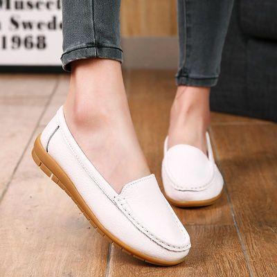春季护士鞋白色豆豆鞋女真皮妈妈鞋单鞋加绒保暖平跟防滑大码女鞋
