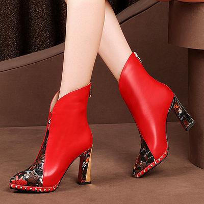 欧美短靴女秋2020冬季新款真皮高跟鞋粗跟防水台尖头民族风马丁靴