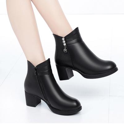 新款女鞋短靴女粗跟单靴中年女士冬季棉靴子时尚妈妈高跟加绒皮鞋
