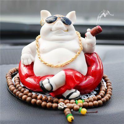 创意汽车摆件可爱小猪饰品创意猪八戒车上个性创意可爱款车载摆件