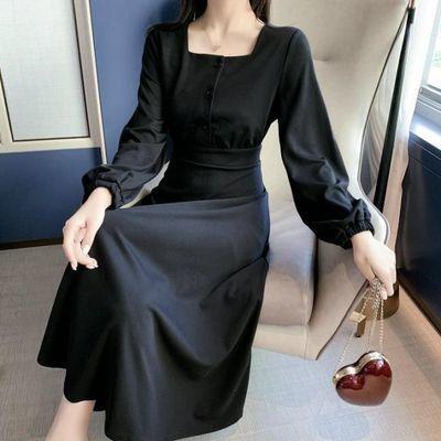 大码女装赫本小黑裙连衣裙2019秋新款法式很仙的冷淡风灯笼袖长裙