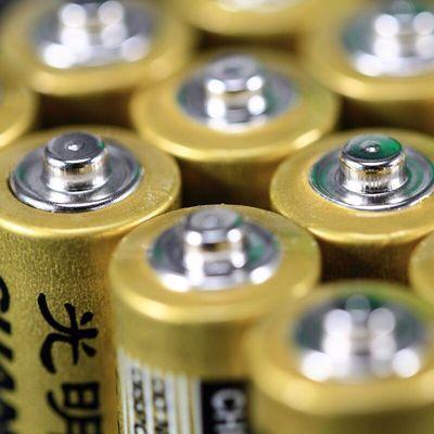 光明电池5号7号七号五号光明普通干电池aa碳性1.5v空调遥控器玩具