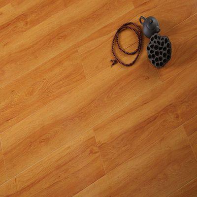 强化复合木地板12mm家用卧室E0环保耐磨防水地暖地板特价厂家直销