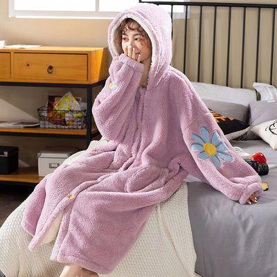 睡袍女秋冬季珊瑚绒加厚长款保暖睡衣女学生可爱连帽浴袍女家居服