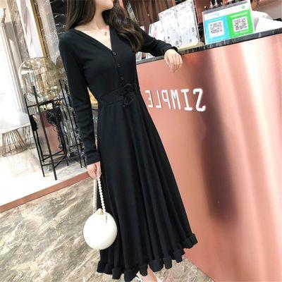 2019秋冬装新款女披肩喇叭袖收腰显瘦圆领复古打底黑色连衣裙长裙