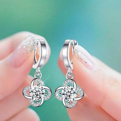 新款耳环女气质四叶草耳扣简约耳坠长款水晶锆石耳钉防过敏耳饰品