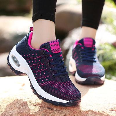 运动鞋子女士妈妈鞋飞织网面鞋春季新款老年人休闲鞋女厚底舞蹈鞋