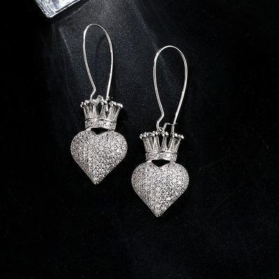 小众设计感冷淡风皇冠爱心形耳环女时尚潮款网红个性气质韩国耳坠