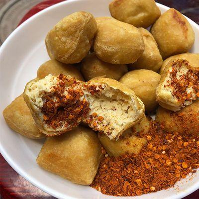 云南特产石屏豆腐盒装特色美食小吃长毛臭豆腐霉豆腐烧烤豆腐小吃