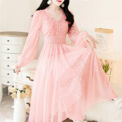 法式chic风名媛气质超仙的甜美灯笼袖V领网纱蕾丝长裙打底连衣裙